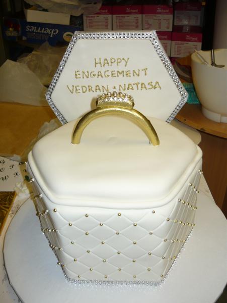 Avanti Cakes Engagement Cakes Perth